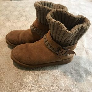 Ugg boots, size 9, tan leather